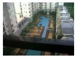 View ke Barat / Swimming pool